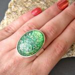 Emerald Green Oval Stateme..