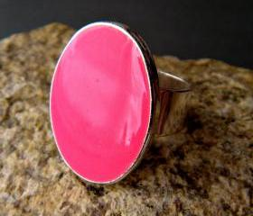 Neon Pink Oval Statement Ring, Resin, Adjustable, Fluorescent Pink Cocktail Ring, Hot Pink Ring